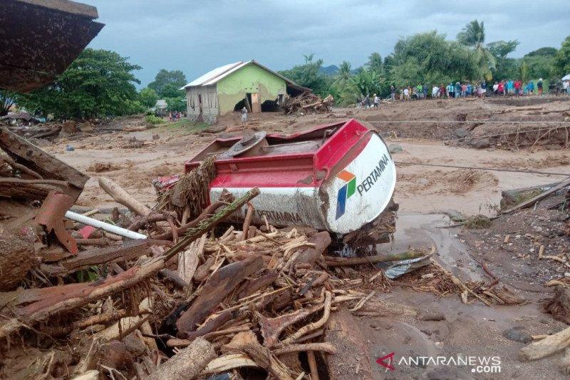 128 orang meninggal akibat bencana di NTT