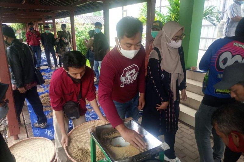 KKP latih 100 pembudi daya Cianjur buat pakan ikan berbahan baku lokal