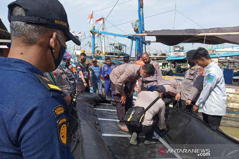 17 ABK hilang akibat kecelakaan laut di Perairan Indramayu, SAR diterjunkan