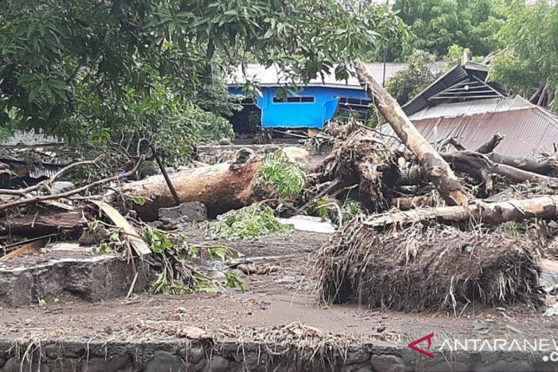 Korban meninggal akibat banjir lahar hujan Gunung Ile Lewotolok bertambah