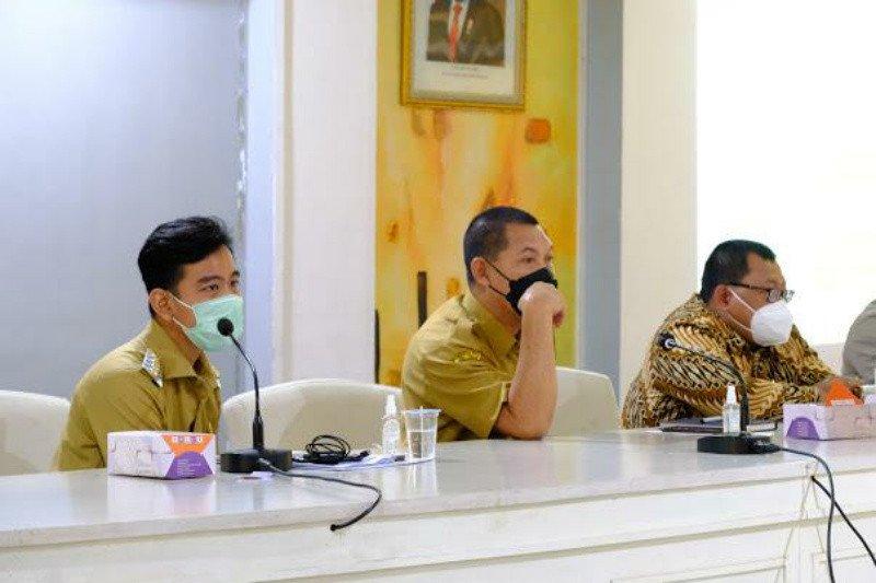 Pemkot Surakarta percepatan vaksin guru untuk siapkan pembelajaran tatap muka