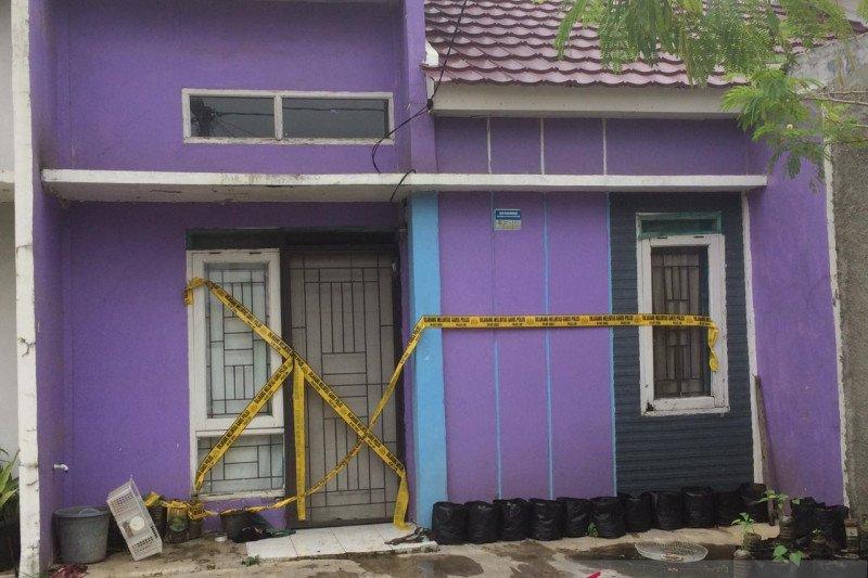Densus 88 geledah rumah singgah terduga teroris di Perumahan Klari Regency Karawang