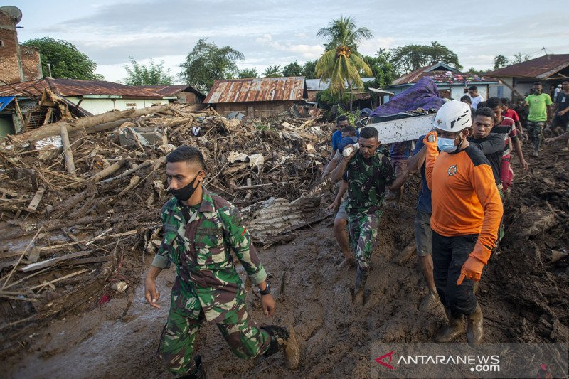 BNPB sebut korban jiwa akibat bencana alam di NTT bertambah jadi 124 orang