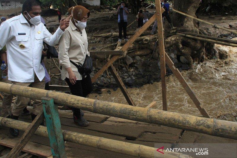 Mensos akan temui korban bom kota Makassar-santuni korban penembakan KKB
