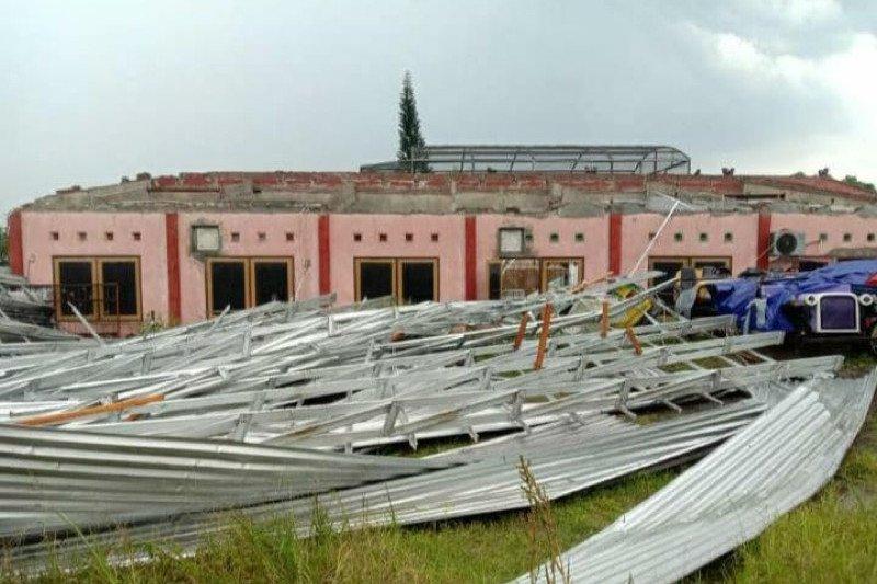 Terdampak angin kencang, Objek Wisata Sanggaluri Park Purbalingga ditutup sementara
