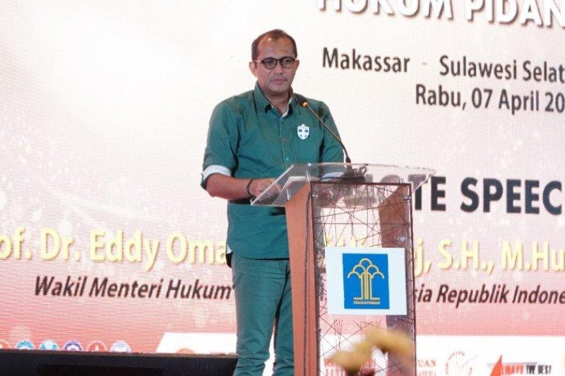 Kemenkumham gelar diskusi publik terkait RUU KUHP di Makassar