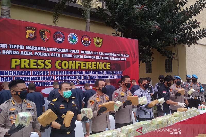 Polisi Aceh menangkap sembilan orang dalam tindakan keras terhadap jaringan narkoba antar provinsi