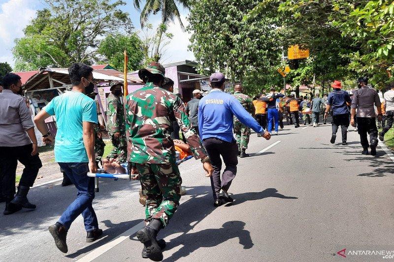TNI AL gelar pelatihan dan simulasi penanggulangan ini di Kota Pariaman