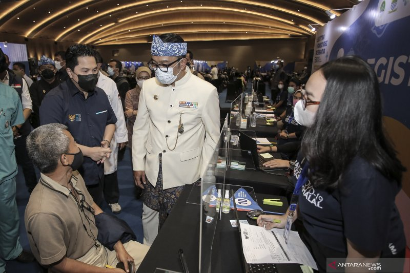 Sentra vaksinasi BUMN di 4 kota termasuk bandung ubah jam operasional selama Ramadhan