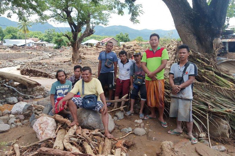 Pengepul besi bekas Waiburak yang panjang umur