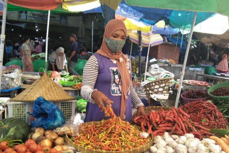 Dinas Mataram NTB meminta pedagang cabai tidak melakukan spekulasi harga
