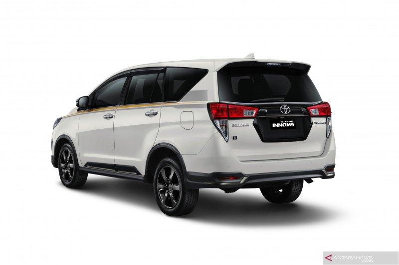 Kijang Innova edisi 50 tahun Toyota ludes terjual dalam 1 jam