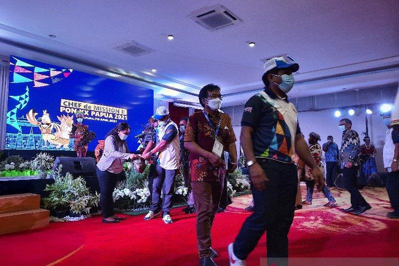 "Peserta CdM Meeting II PON Papua gelar aksi ""eba mokai"" untuk  korban bencana NTT"
