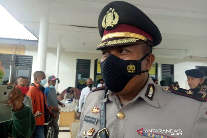 Mobil rantis Polri terkena tembakan saat baku dengan KKB di Ilaga Papua