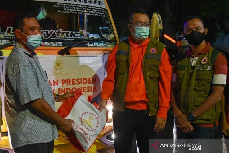 Jokowi kirim 13 ribu paket sembako untuk korban banjir Bima