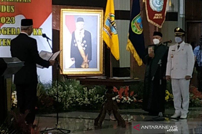 Gubernur Jateng minta Bupati Kudus lanjutkan reformasi birokrasi
