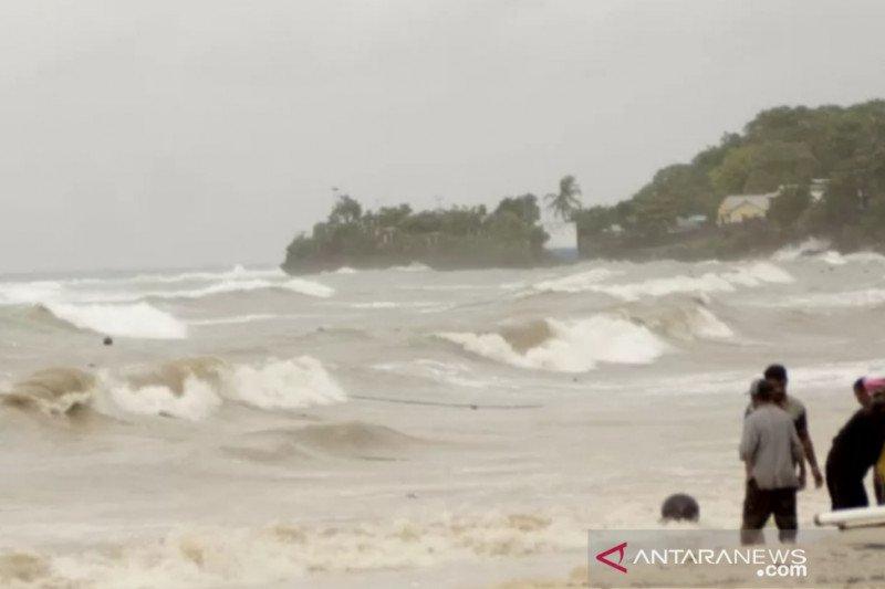 Diterjang badai, nelayan Sabu Raijua terdampar di Australia