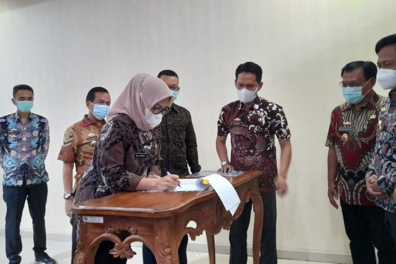 BPKAD dan Bank Lampung Cabang Kalianda tanda tangani perjanjian kerja sama