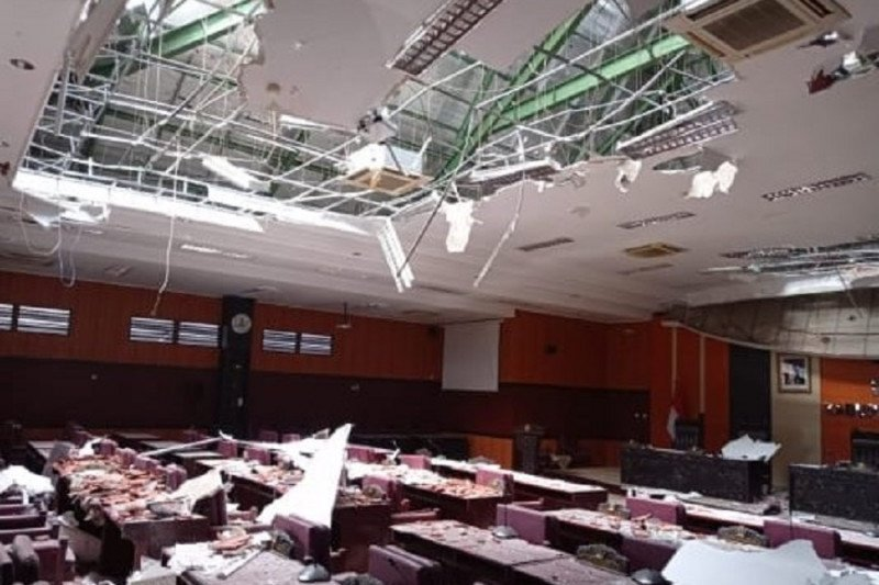 Enam tewas, satu luka berat dalam gempa Malang