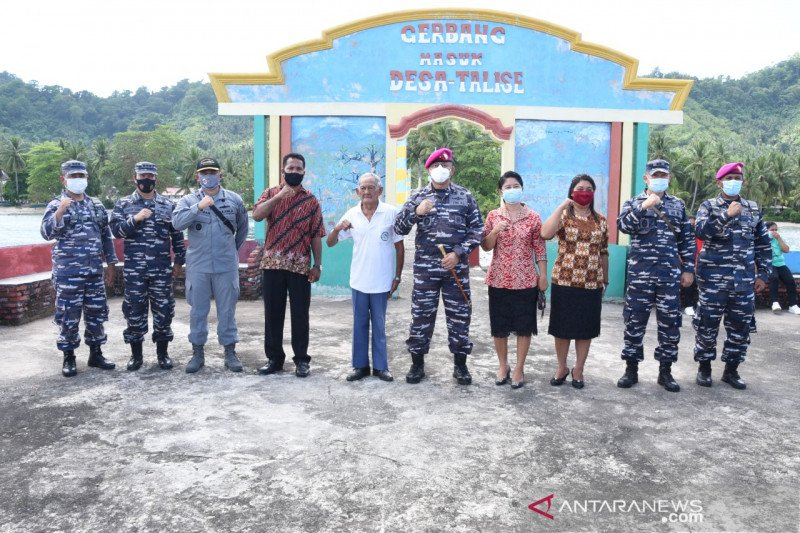 "Danlantamal VIII tinjau desa calon ""Kampung Bahari Nusantara"""