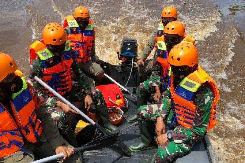 Brimob-TNI tingkatkan kemampuan SAR hadapi bencana