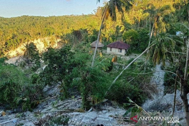 Siklon tropis rusak rumahdan padamkan listrik di pesisir barat Australia