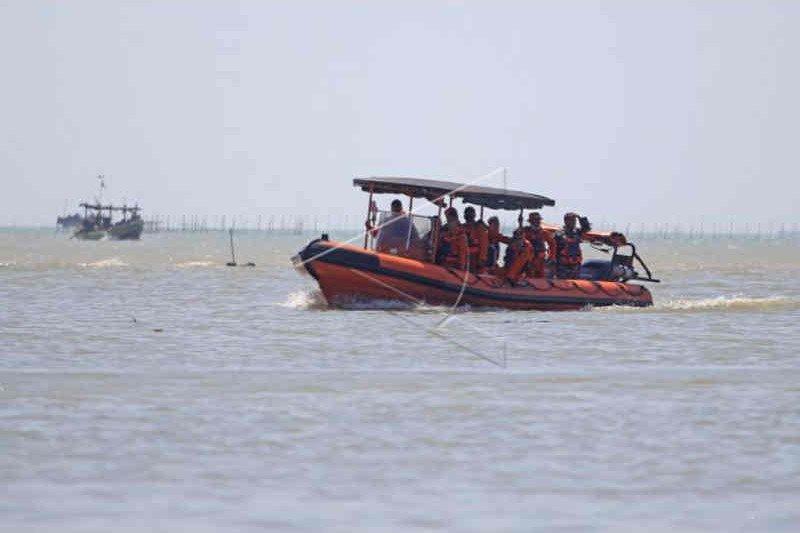 Tim SAR hentikan pencarian ABK Barokah Jaya, 13 orang masih hilang