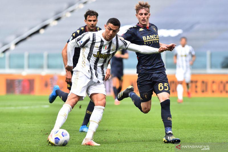 Cristiano Ronaldo minta kontrak baru di Juventus
