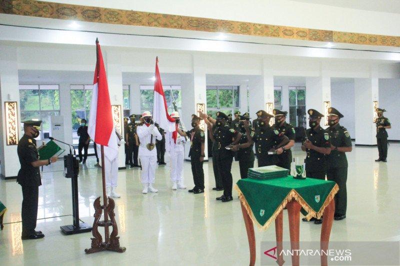 Pangdam XVII/Cenderawasih lantik 594 Prajurit Dua Tamtama TNI AD