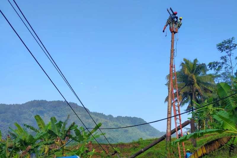 PLN fokus percepat perbaikan jaringan rusak di Kabupaten Purworejo
