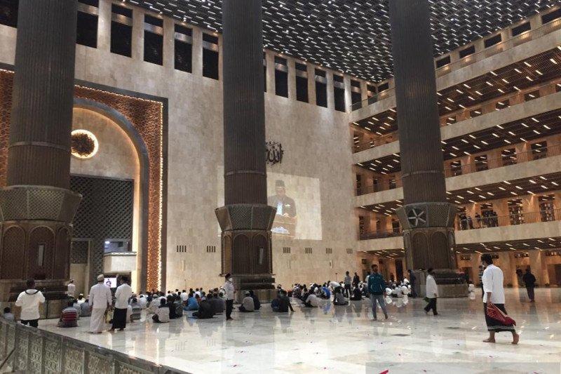Masjid Istiqlal selenggarakan Shalat Tarawih 1 Ramadhan 1442 H