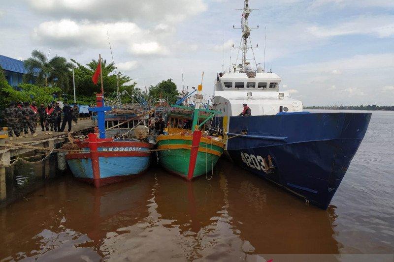 Lima kapal nelayan asing curi ikan di perairan Natuna