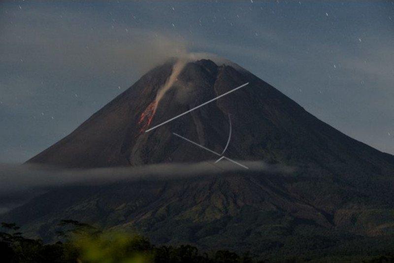 Gunung Merapi tercatat alami 196 kali gempa guguran