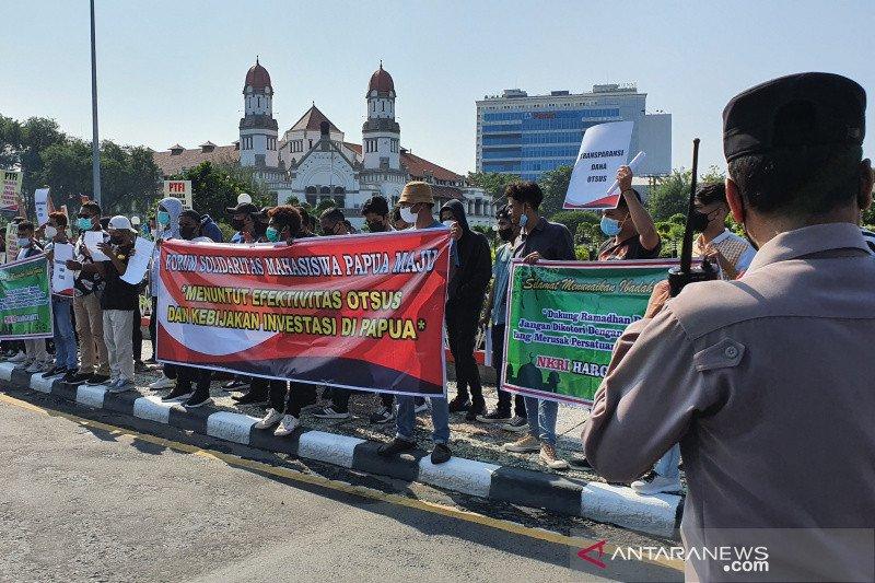 Mahasiswa Papua tuntut pengusutan dugaan korupsi dana otsus