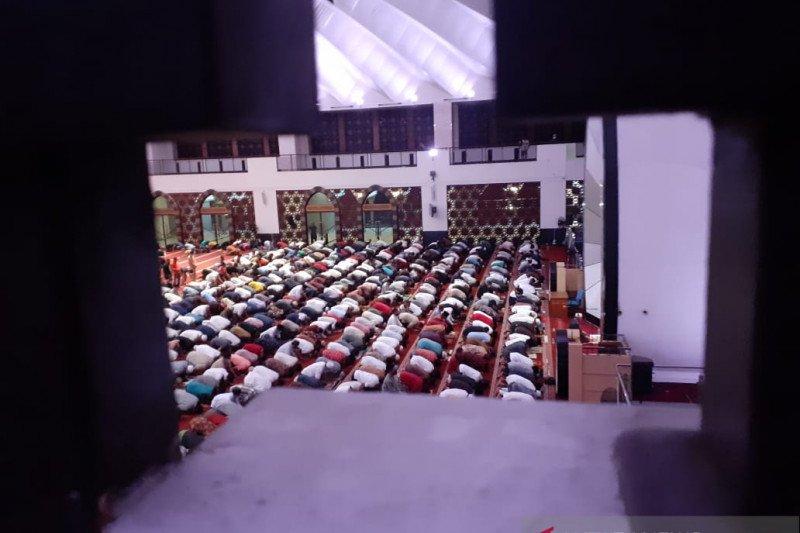 Gubernur jadi penceramah di malam pertama Ramadhan Masjid Raya Sumbar
