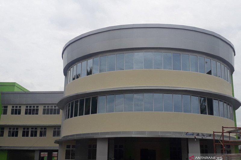 Pembangunan RSUD Pasaman Barat selesai dilaksanakan, pelayanan kesehatan telah dilakukan di gedung megah