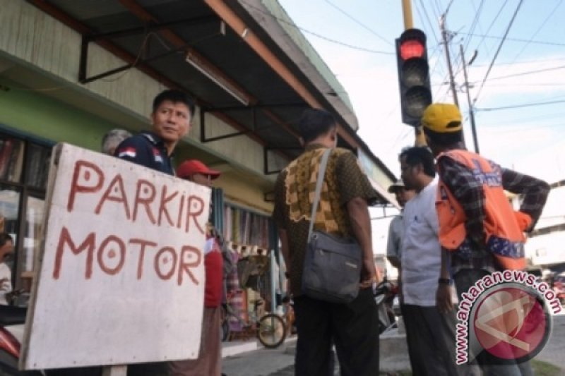 Pemkab Parigi Moutong  genjot sektor parkir tingkatkan PAD