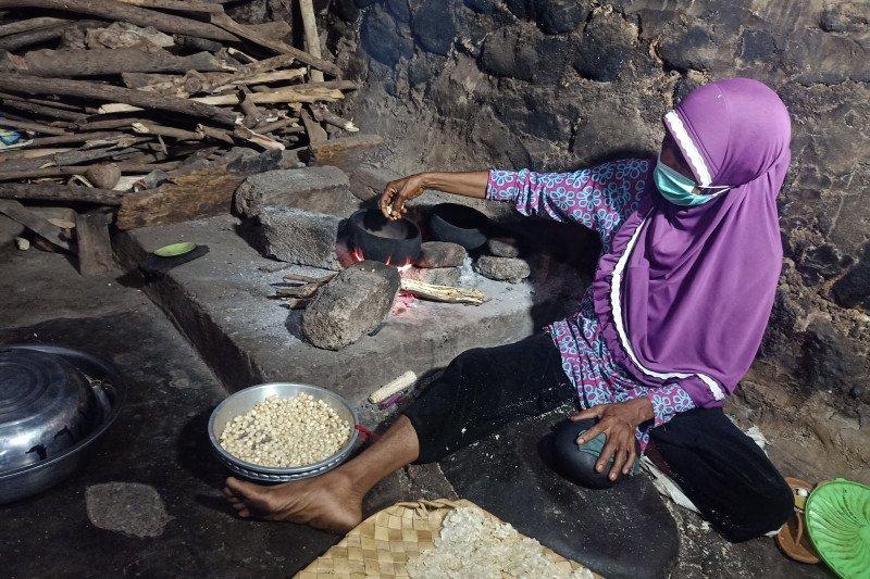 Jagung titi dan nuansa Ramadhan di Negeri Lamahala, Flores Timur