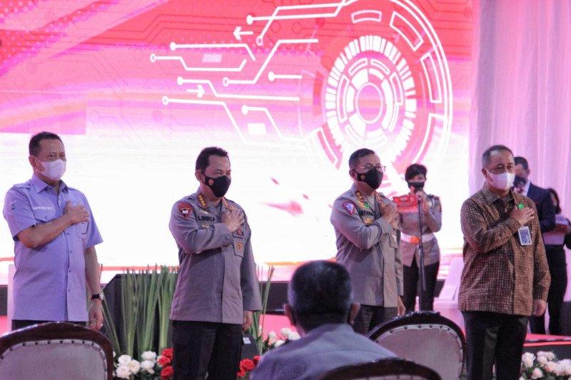 Korlantas Polri gandeng BNI saat peluncuran aplikasi pembuatan SIM
