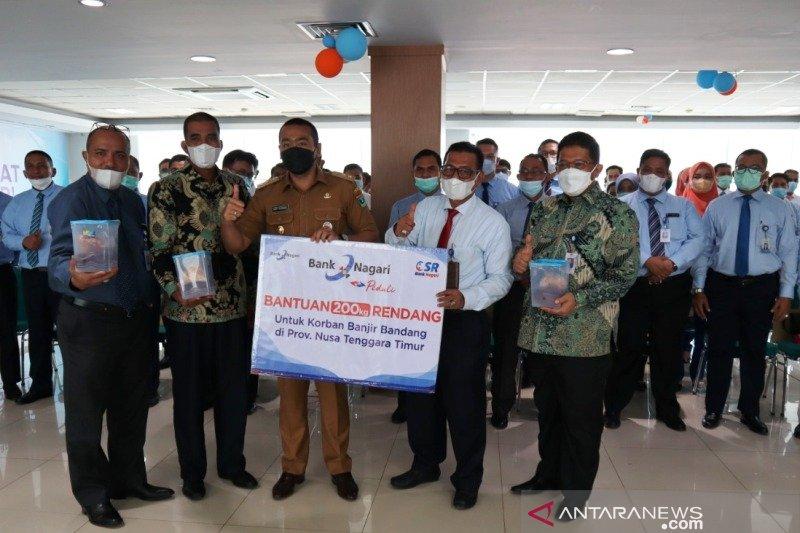 Bank Nagari kirimkan 200 kilogram rendang untuk warga korban banjir bandang di NTT