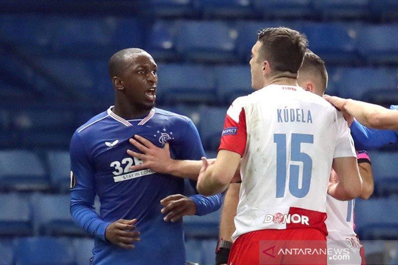 Karena rasisme, bek Slavia Praha Ondrej Kudela diskors 10 laga