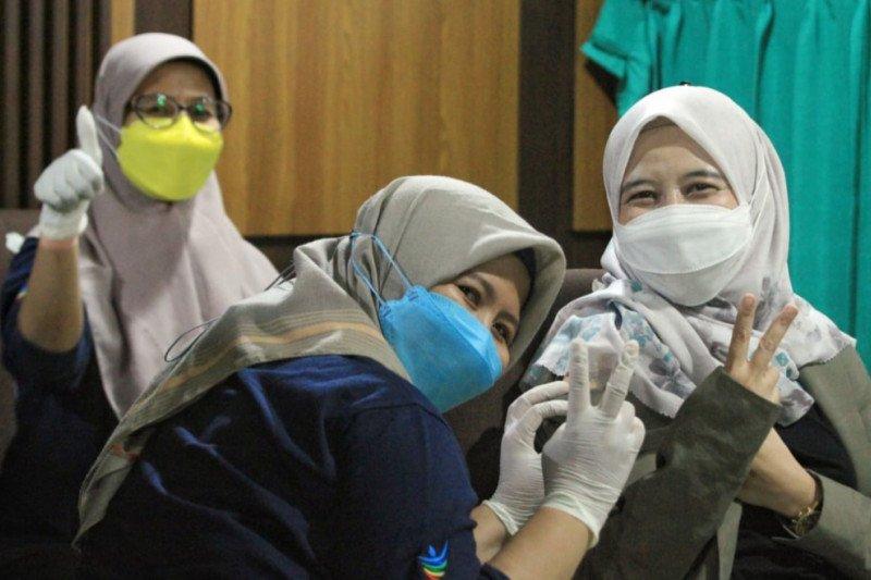 DPRD Jawa Barat gelar vaksinasi COVID-19 tahap dua