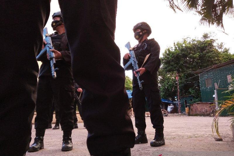 Hendak serang polisi dengan parang, terduga teroris ditembak di Makassar