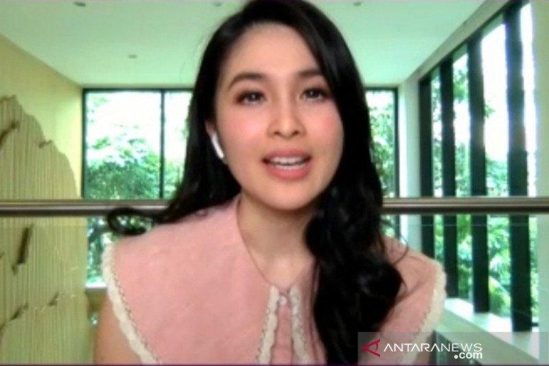 Sandra Dewi: Media sosial penting untuk pekerjaan