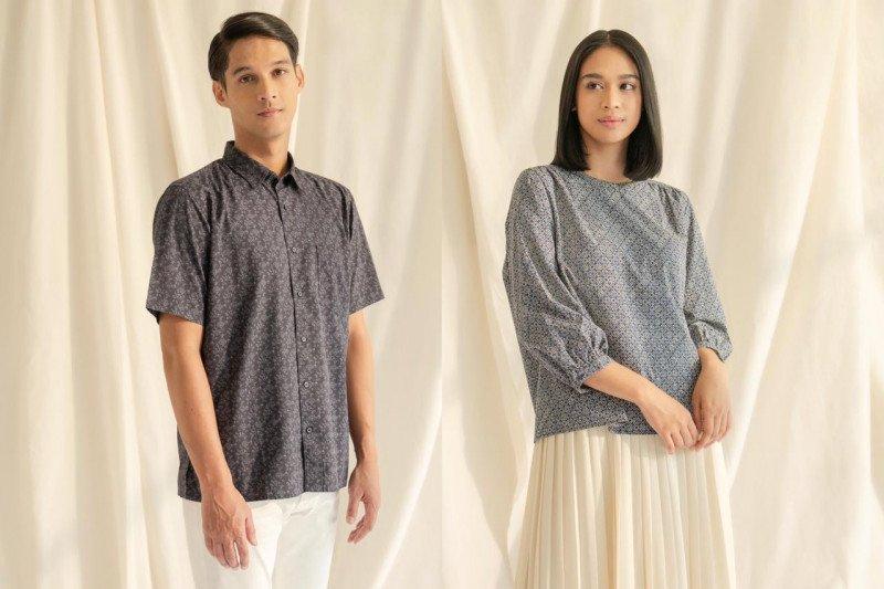 Batik Bai Soemarlono kini hadir dalam koleksi Uniqlo