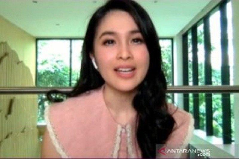 Sandra Dewi akui penggunaan sosial media penting untuk pekerjaan