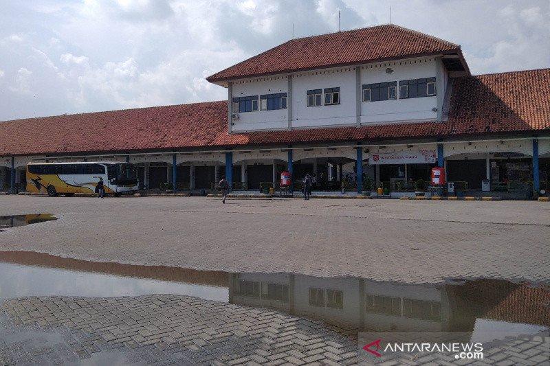 Terminal Induk Jati Kudus masih sepi penumpang di masa pandemi
