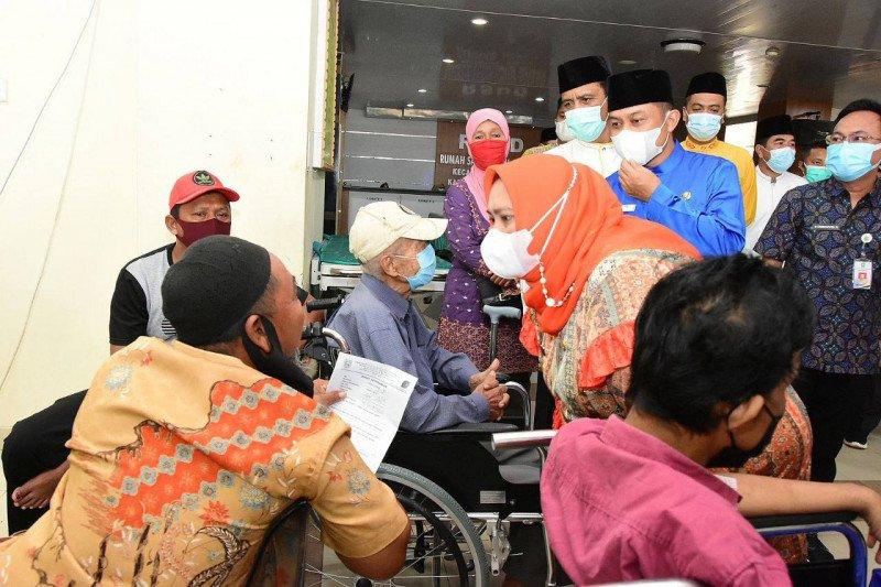 Sidak ke RSUD Mandau, Bupati Bengkalis pastikan obat ready stock