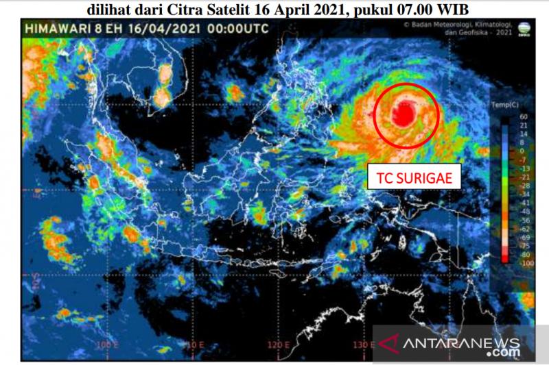 BMKG harap warga waspadai cuaca ekstrem akibat badai Surigae