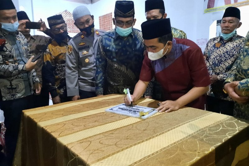 Wakil Bupati Resmikan Masjid Ar-Rahman Rawa Bubur di Nagari Bukit Buai Tapan